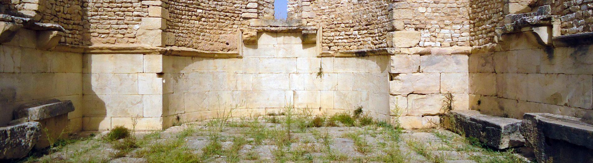 Les lieux de culte et les nécropolesromaines en Tunisie