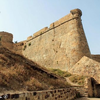 Fort génois de Tabarka الحصن الجنوي بطبرقة