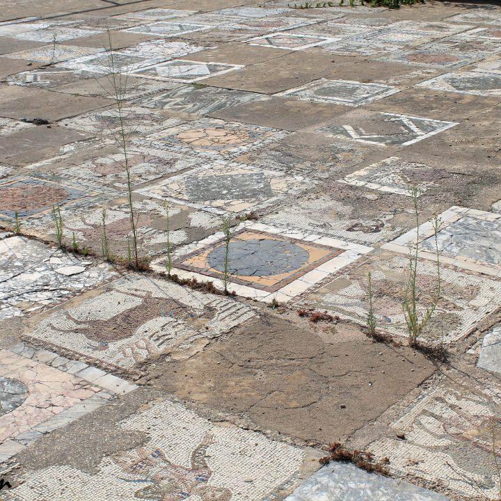 La mosaïque des chevaux vainqueurs de Carthage