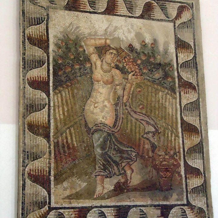 La mosaïque des figures féminines de Sidi Ghrib