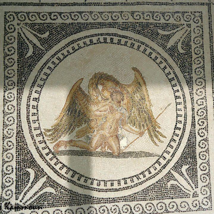 Ganymède dans les mosaïques romaines en Tunisie